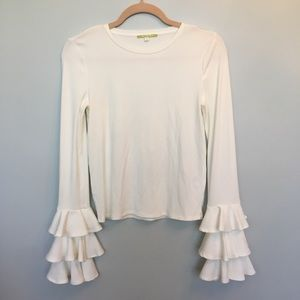 Gianni Bini long sleeve ruffle blouse Small